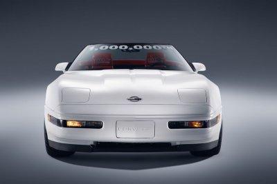 1-Millionth_corvette_Front