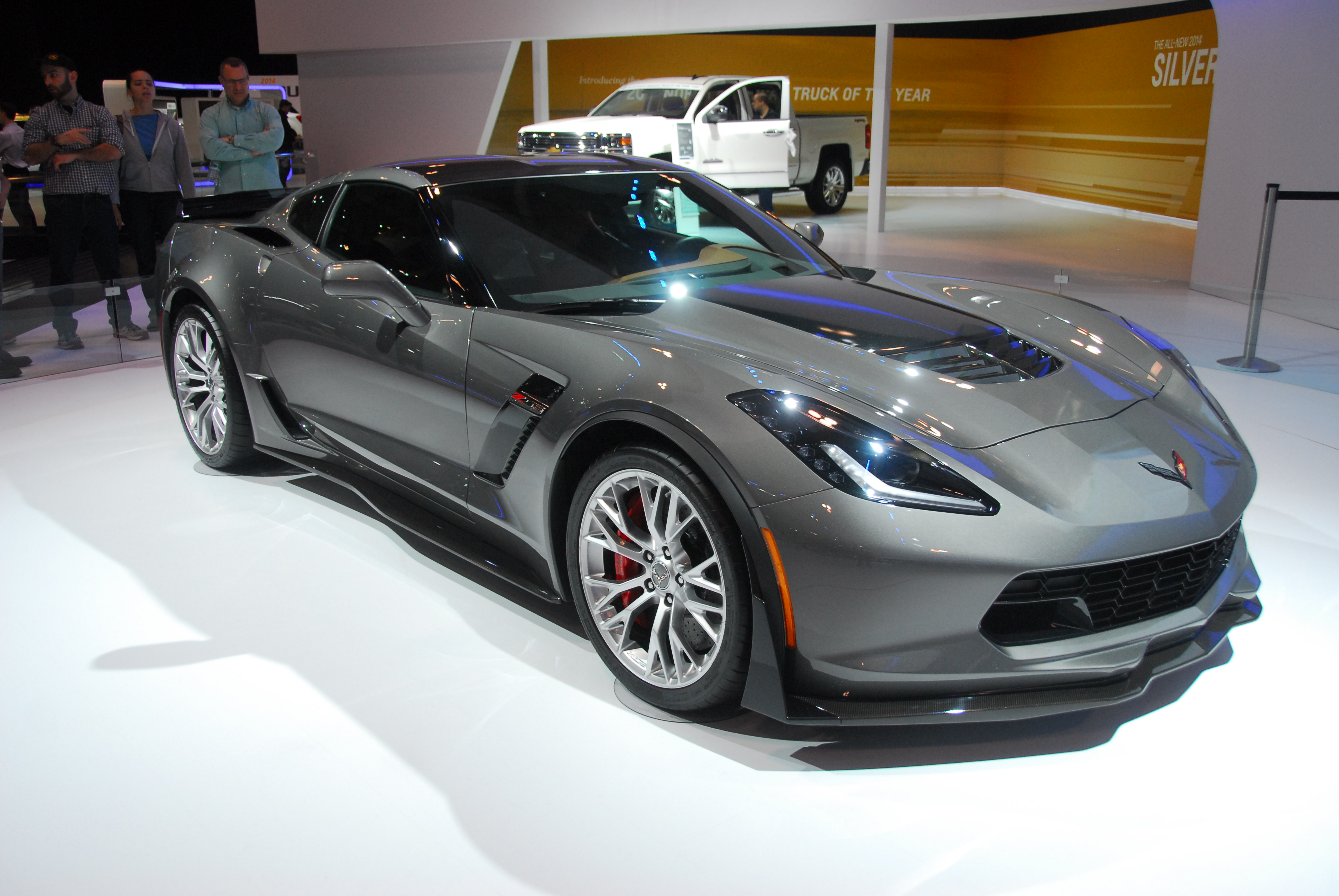 Chevy Offers Corvette Owners Incentive to Buy Another ...